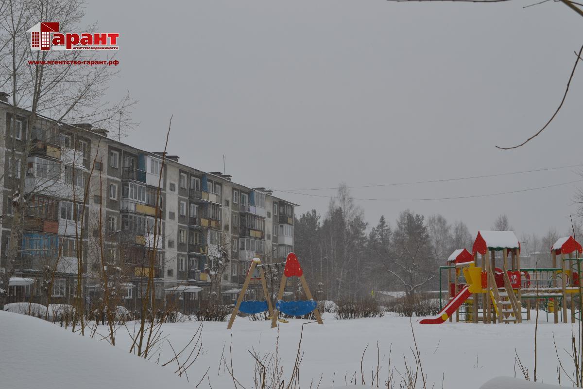 Продам 1-комнатную квартиру г. Новоуральск, ул. Автозаводская дом 8а
